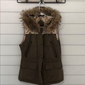 Pendleton down vest with fur hood